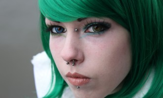 A microdermal piercing